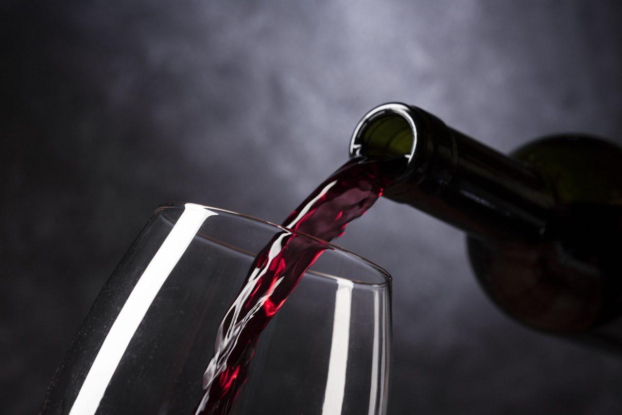 wine-4813260_1920-1280x854.jpg