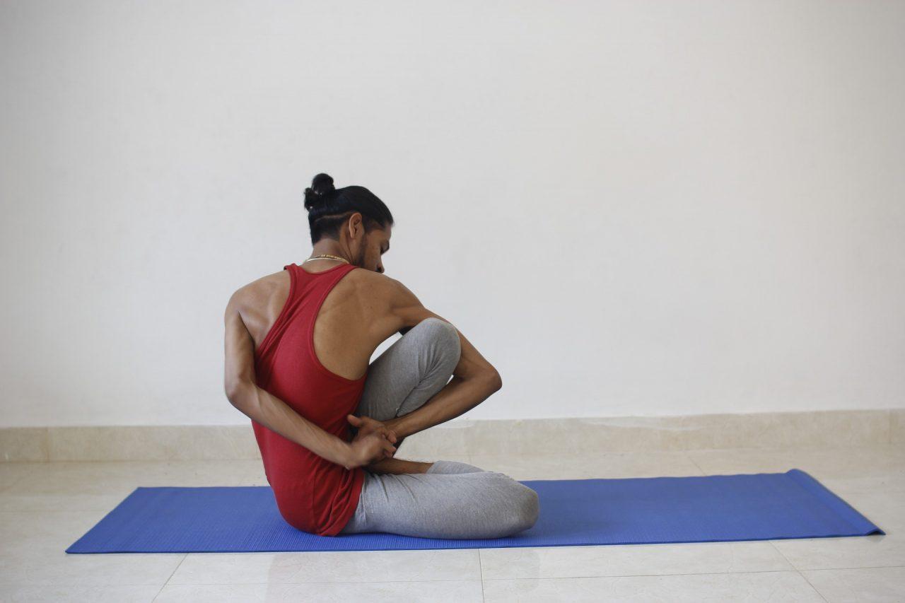 yoga-2252899_1920